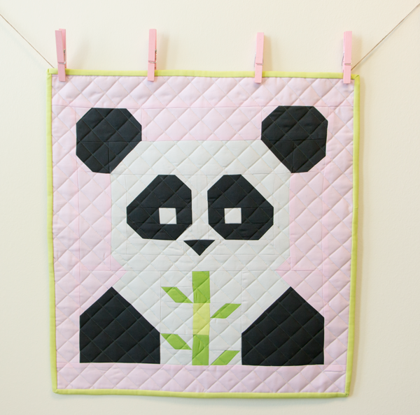 Panda-Monium Mini Quilt by Fat Quarter Shop // SOURCE